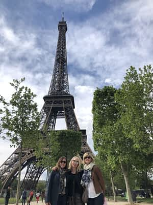 Gal Pal Guide To Paris