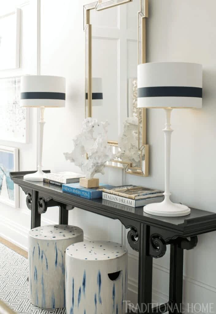 7 stylish ways to decorate your entryway